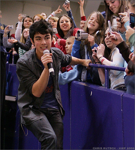 joe jonas in 2006
